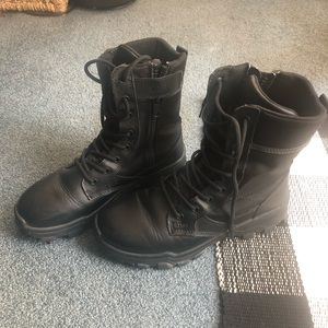 5.11 Tactical boots with size zipper size 7.5 mens